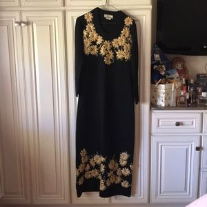Neyir 100% Wool Black and Gold Floral Drss Size 40
